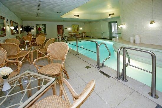 Dronninglund Hotel: Indendørs swimmingpool