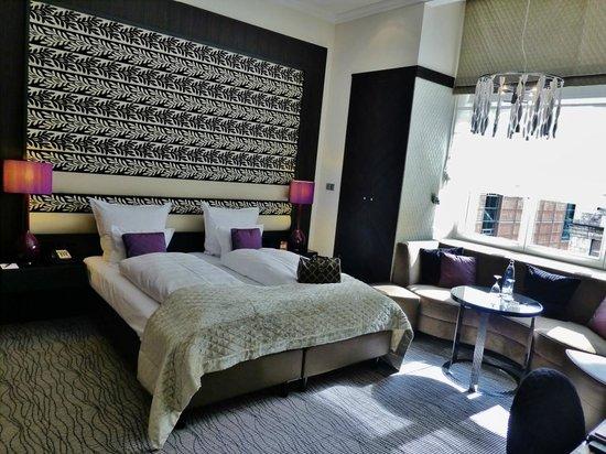 Steigenberger Grandhotel Handelshof: De Luxe Room