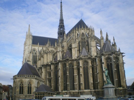 Cathédrale Notre-Dame d'Amiens : vue arrière