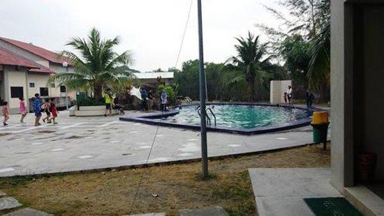 Merang Suria Resort: Pool