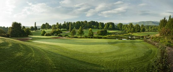 Champagne Sports Resort: Golf Course