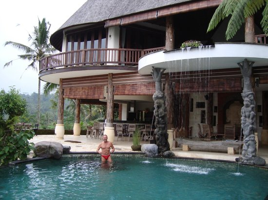 Dara Ayu Villas & Spa: front of main building