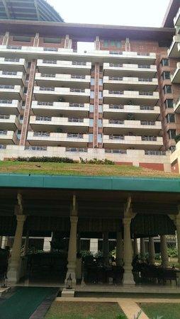 ITC Gardenia, Bengaluru : hotel view from outside