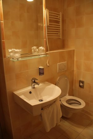 Petr: Modern Bathroom