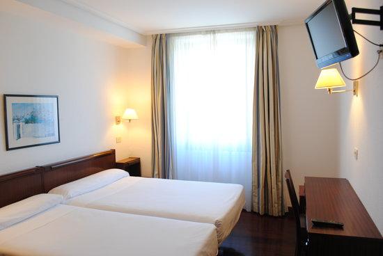 Hotel Zarauz : HABITACIÓN