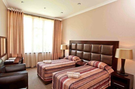 Badplaas A Forever Resort: Hotel Family Room