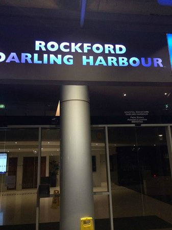 Novotel Sydney Darling Square (formerly Novotel Sydney Rockford Darling Harbour): Main entrance