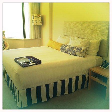 QT Gold Coast: Main bedroom