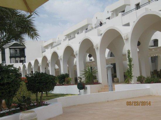 Hôtel Palm Azur : La terrasse extérieure pour les repas