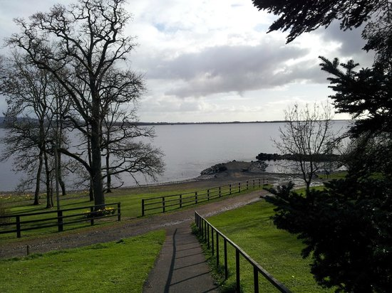 Crover House Hotel & Golf Club: Area where boats can be hired for fishing on lake