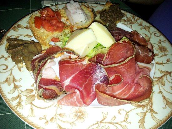 Trattoria Toscana Al Vecchio Forno : Antipasto tradizionale toscano...