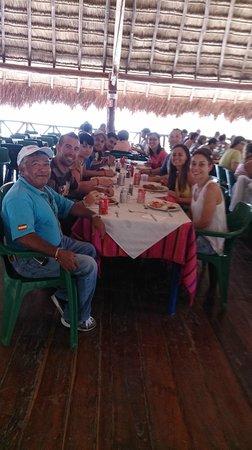 Excursiones Riviera Maya: Comida en Cobá con nuestro guía Luis, un crack!!