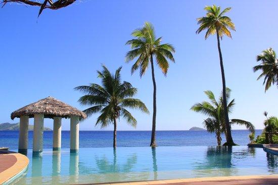 Mana Island Resort : Pool