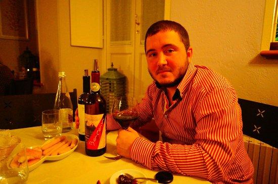 L'Angolo delle Fate: Wine