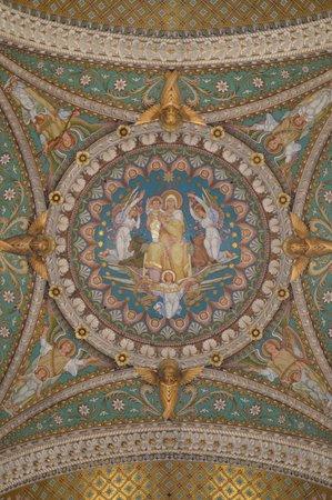 Basilique Notre Dame de Fourviere: Vaulted ceiling