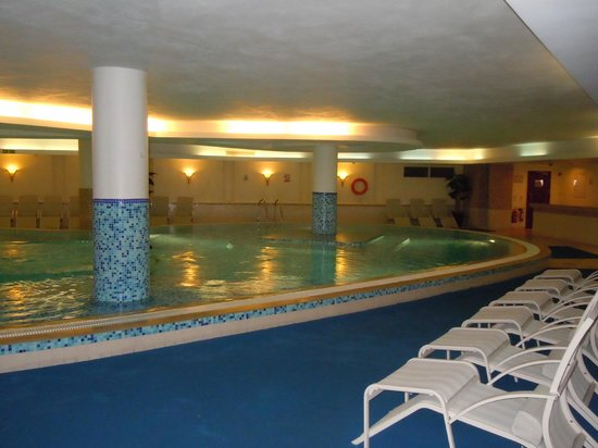 Excelsior Grand Hotel: Piscine interieur