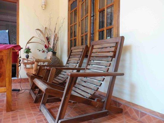 Lahiru Villa : Relaxing Area