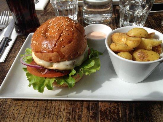 Corso Trudaine : Toscan burger!