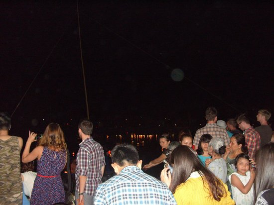 Van Loi Hotel: Lantern festival