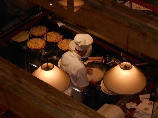Restaurant 120: Pizza man!