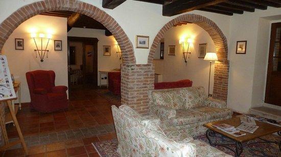 Castello di Leonina Relais...