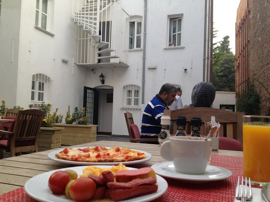 Premist Hotel: The breakfast