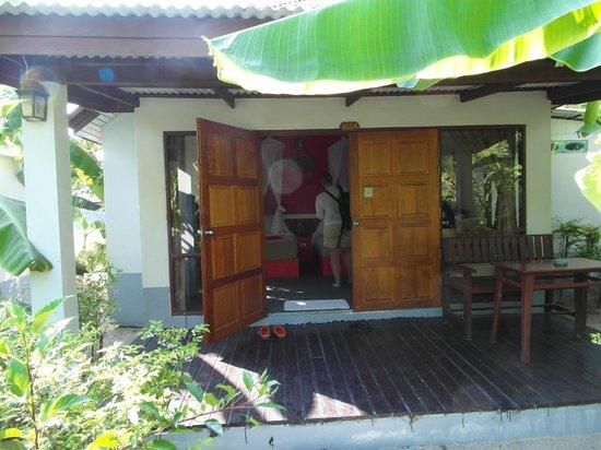 Da Kanda Villa Beach Resort: entrée du bungalow