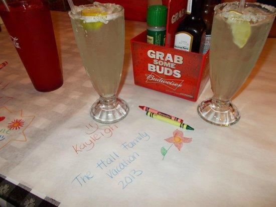 Manny's Original Chop House: Happy Hour!