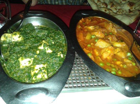India Way Tandoori Restaurant: Saag Paneer & Vegetable Curry