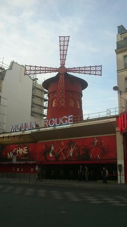 Moulin Rouge: FACHADA 3