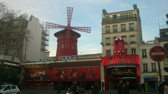 Moulin Rouge: FACHADA 2