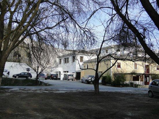 El Ventorro, Molino de Santa Ana S.L: Vista do restaurante e hotel