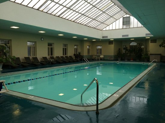 Skytop Lodge : What a Pool
