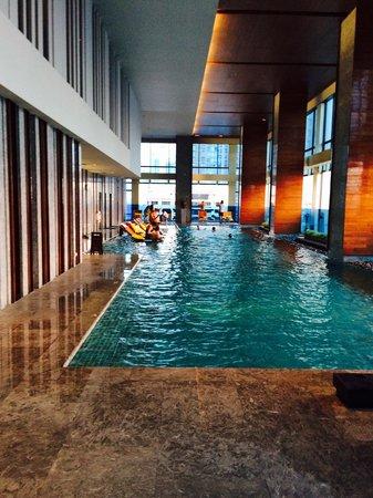 Renaissance Bangkok Ratchaprasong Hotel: Swimming pool