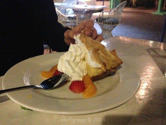 Marker 88 Restaurant: La Key Lime Pie