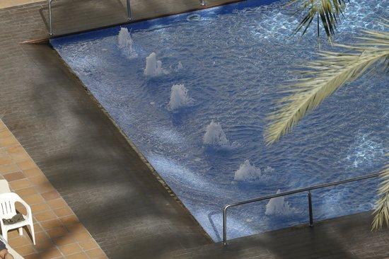Hotel Helios Benidorm : piscina
