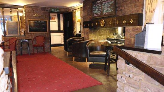 The Pilgrim Hotel: Bar