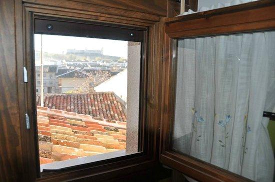 """Casa Rural El Abuelo Quiko: Vistas cuarto de baño """"Casa Tio Francisco"""""""