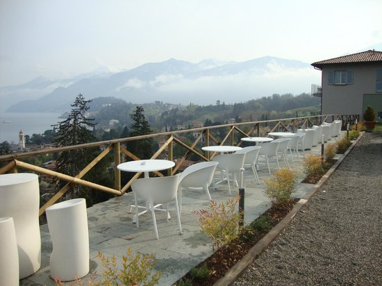 Borgo Le Terrazze: Outdoor seating in front