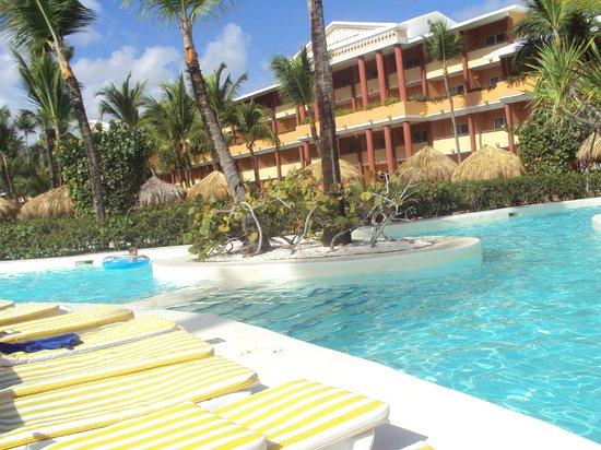 Iberostar Dominicana Hotel: pool area