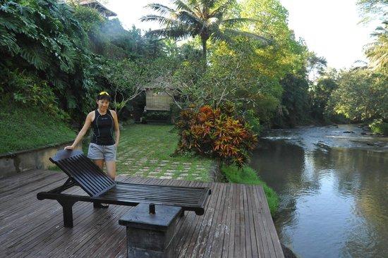 Villa Semana: Spa by the river