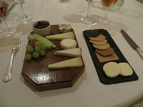 PowderMills Country House Hotel: Cheese Board