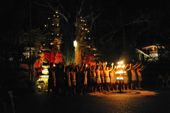 Villa Semana: Kecak performance