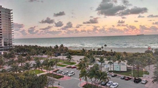 Seagull Hotel Miami South Beach: Вид из 814 номера.