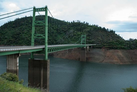 Lake Oroville State Recreation Area : Bidwell Bar Suspension Bridge, March 2014, lake level low,