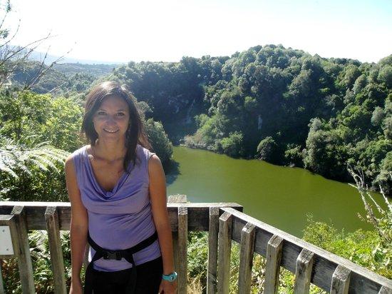 Waimangu Volcanic Valley: Lago vulcanico