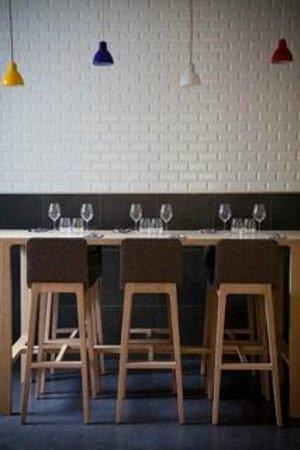 Table Haute Picture Of Une Cuisine En Ville Bordeaux Tripadvisor