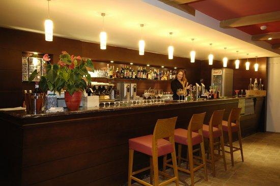 Hotel Enzo Moro: Hausebar