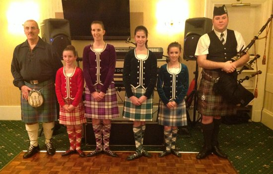 Esplanade Hotel : Entertainers at the Scottish evening
