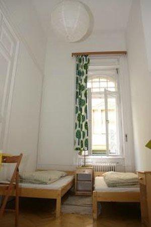 MetroMM Budapest : Twin room